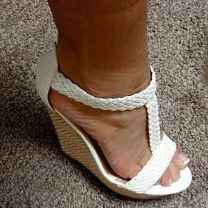 NWT white strappy wedges
